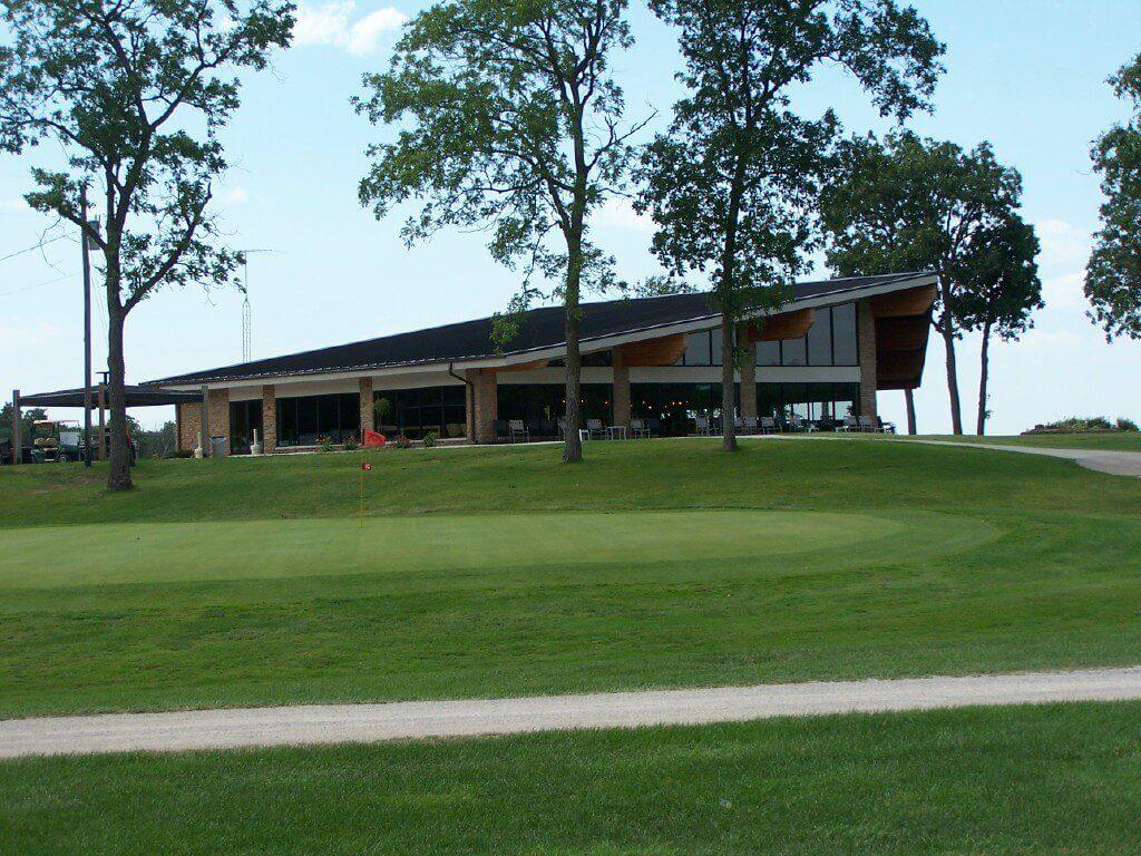 New Hampton Golf & Country Club Exterior