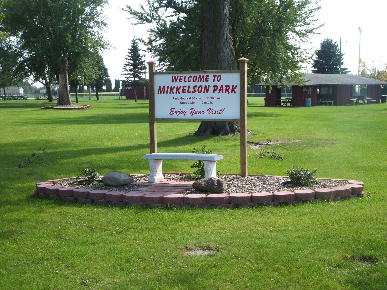 Welcome to Mikkelson Park Sign